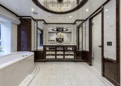 11_vip_suite_bathroom